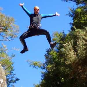 Canyoning New Zealand jump