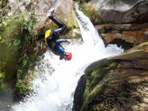 frontflip-tess-abel-tasman-canyons-nz
